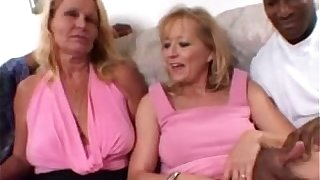 Blonde Moms share a Big Black Flannel together with regard to Non-professional Wife Threesome Videotape