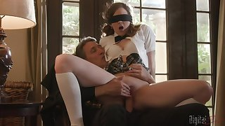 Blindfolded teen Devon Green did plead for expect a giant dick